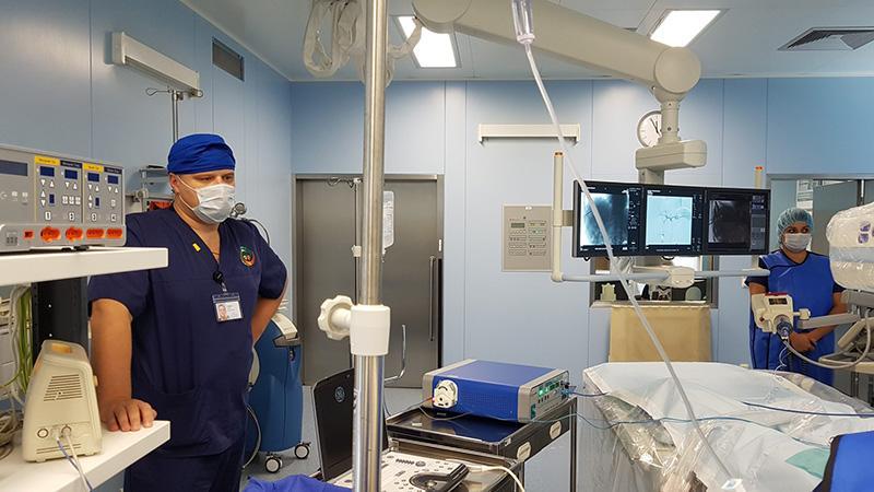 Хирурги Петербургского городского онкологического центра